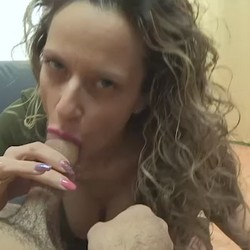 Helena's blowjobs and her melting gaze. Oral sex with a smut expert.
